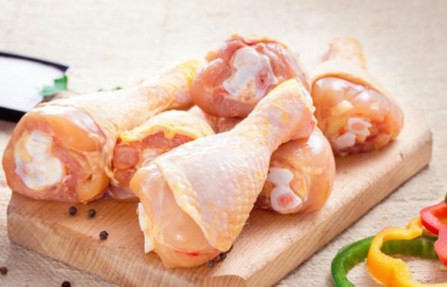 Ha ezt csinálod, sokkal egészségesebb lesz a csirkehúsod