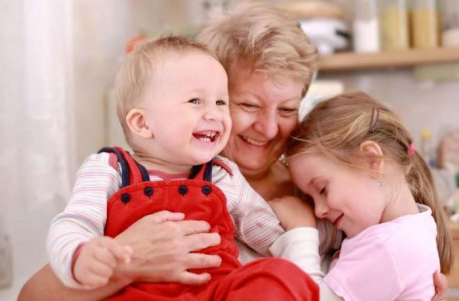 Aranyosi Ervin: Egy vers a Nagymamáknak!