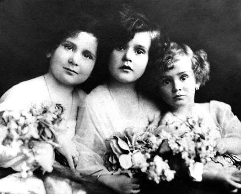 Gábor Zsazsán túltettek a nővérei! Alig ismert történet a három házasulóbajnok Gábor-lányról.