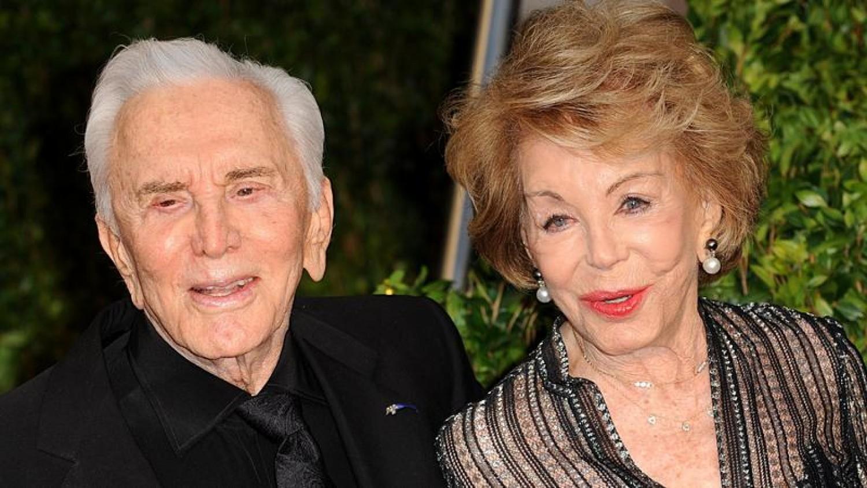 A 100 éves színésznő elárulta a hosszú házasság titkát!