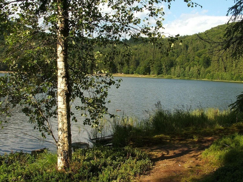 A tó Erdélyben, mely képes előrejelezni az időjárást