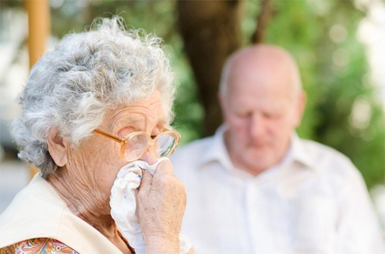 Ha a tüsszögés, orrfolyás, orrviszketés, orrdugulás heteken át nem múlik