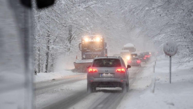 Drasztikus időjárás változás: Országos fagyra és hóra kell készülni