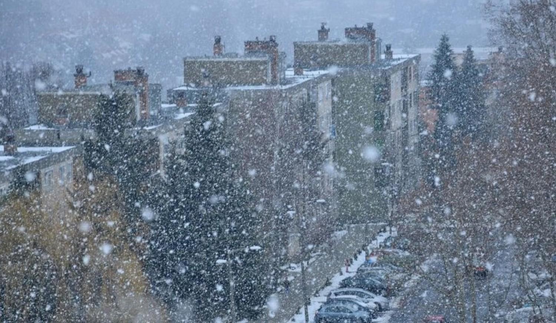 Így jön a hó óráról-órára! Mutatjuk pontosan mikorra várható a havazás nálatok.