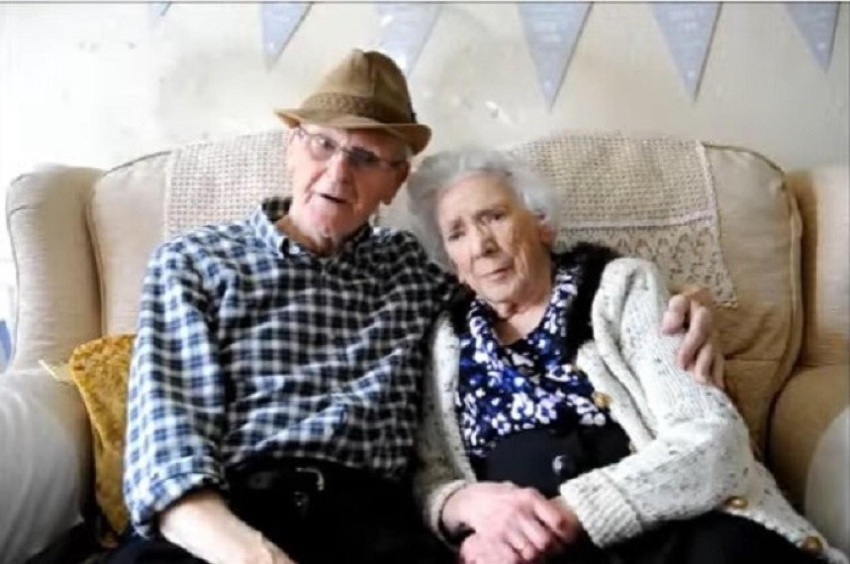 9 éves korában szeretett bele a szomszéd lányba, most, 84 évesen, még mindig együtt vannak