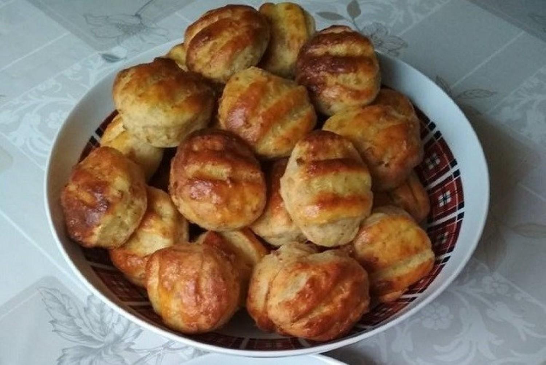 Tepertős krumplis pogácsa ami napokig puha marad, a kedvenc receptem!