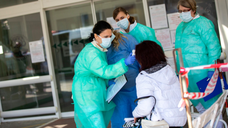 A miniszterelnök friss bejelentése: hétfőtől kórház parancsnokok kerülnek a kórház igazgatók mellé