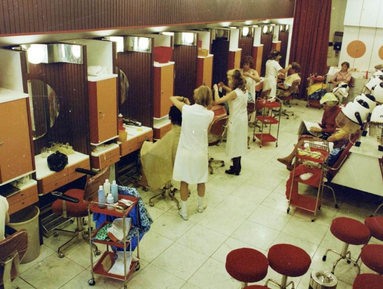 Időutazás: ilyen volt a 70-es években a fodrászat