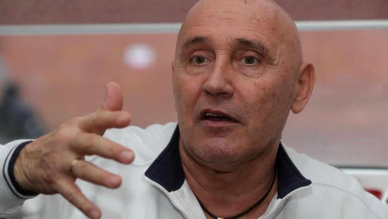 Pataky Attila a nyugdíjára panaszkodik