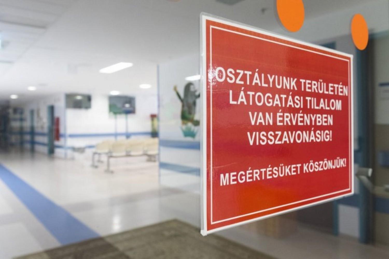 Feloldották a látogatási tilalmat a kórházakban, de ezeket a szabályokat kötelező betartani
