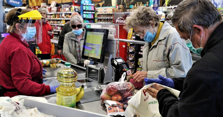 Mostantól bárki bármikor vásárolhat: megszűnt a vásárlási idősáv korlátozás