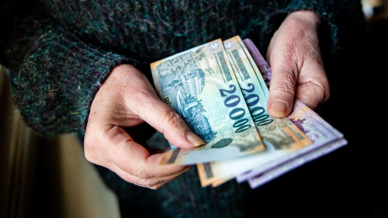 Novemberben több nyugdíj jön! Kiszámoltuk, mennyivel kap többet egy átlag-nyugdíjas.