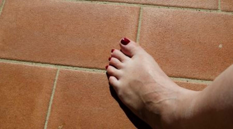 Koronavírus: így néz ki a Covid lábujj