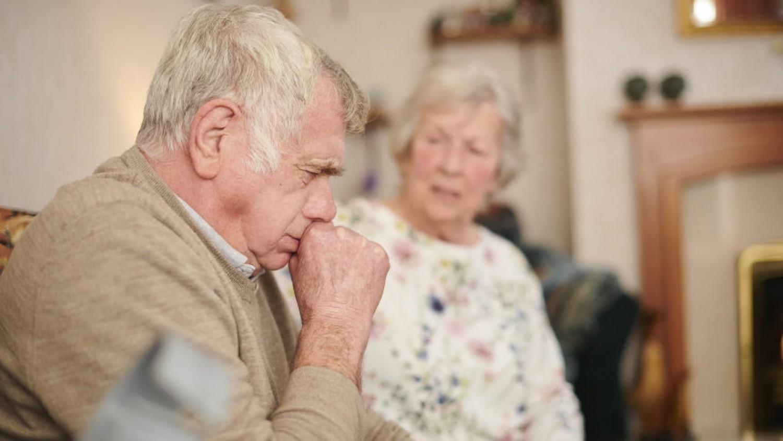 Ezek a covid-19 okozta tüdőgyulladás tünetei