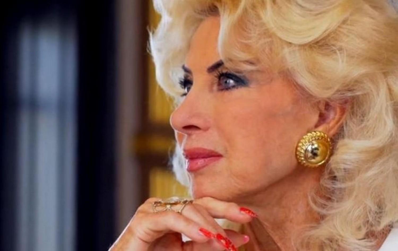 Félmillió forintos pezsgővel ünnepelte 80. születésnapját Medveczky Ilona