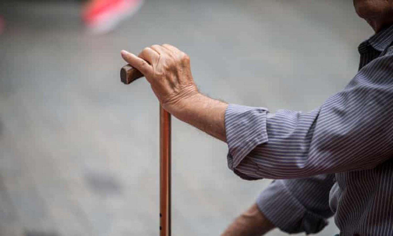 Az emberek nagy része nem ért egyet a belengetett nyugdíjreform alapelvével
