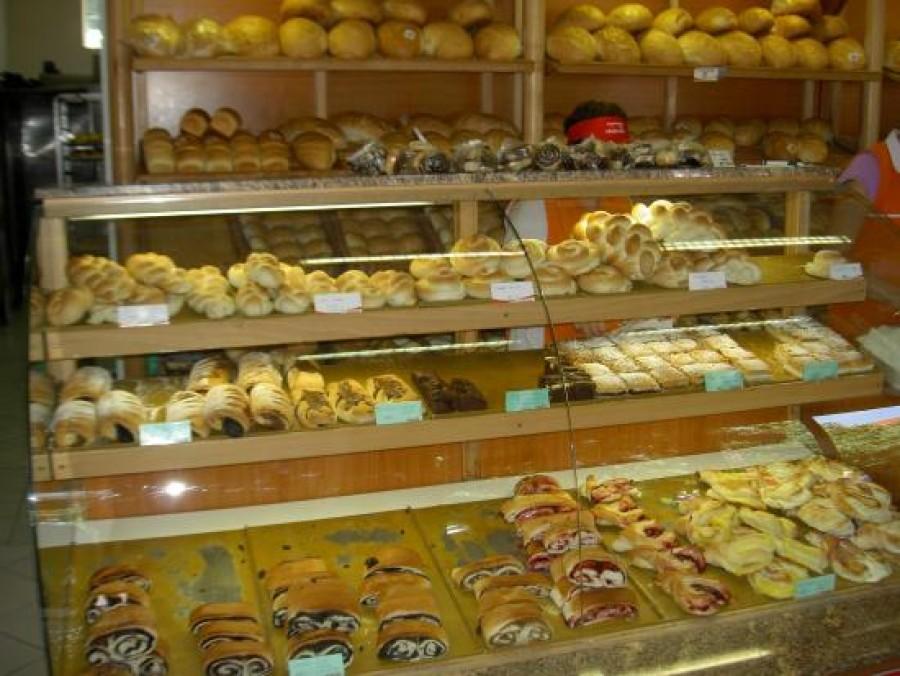 FIGYELEM: Vigyázni kell az albán pékségekkel!