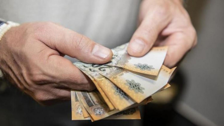 Tényleg megkaphatják a nyugdíjasok év elején a teljes 13. havi nyugdíjat?