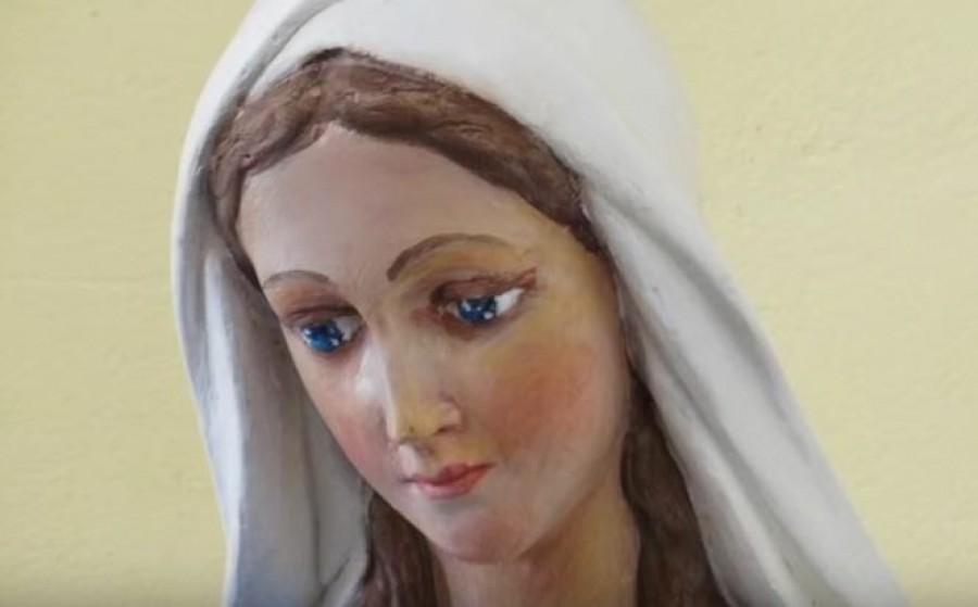 Könnyeznek a Mária szobrok egy nógrádi településen!